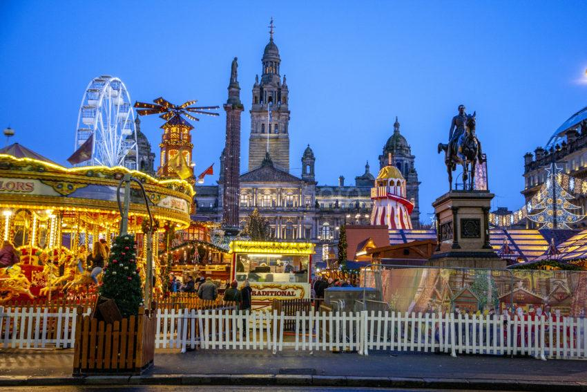 1Z6E3360 Glasgow George Square At Xmas